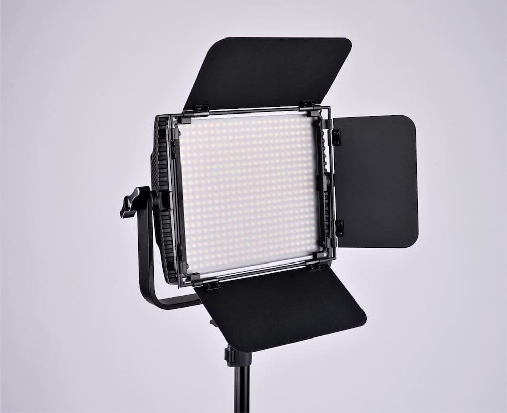 светодиодная панель фотокуб ответим