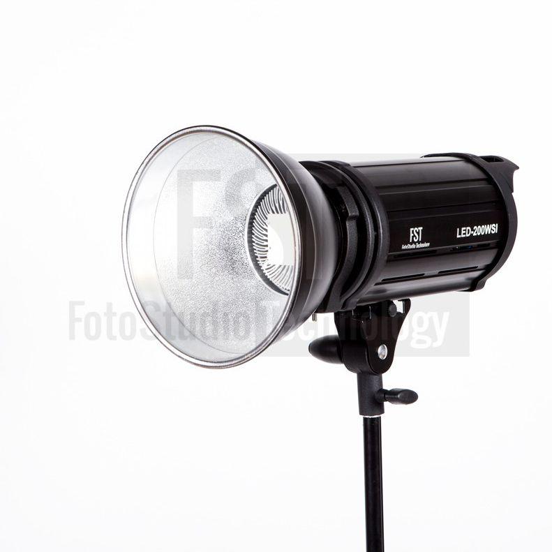 Осветитель FST EF-50 LED Sun Light 5500K
